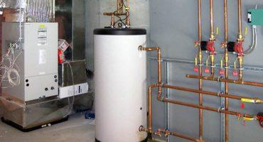 Iestatiet ūdens sildītāja temperatūru un nosakiet pēc sloksnes