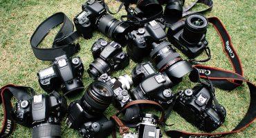 Ano ang mas mahusay na canon o nikon photocamera?