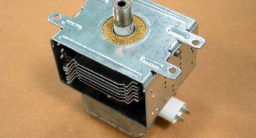Magnetron gnister i mikrobølgeovnen - hvordan man tjekker og udskifter