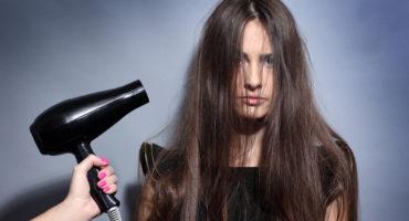 Hvorfor har jeg brug for en kold luftfunktion i en hårtørrer?