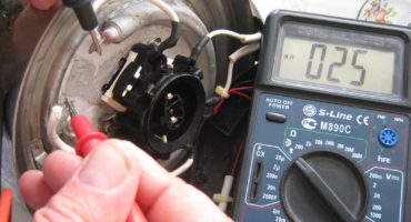 Paano suriin at baguhin ang sampu sa isang electric kettle?